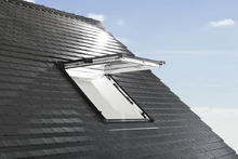 Okna dachowe - Roto Okno uchylno-wysokoosiowe Designo R8