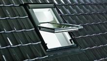 Okna dachowe - Roto Okno zdalnie sterowane Designo R4 RotoTronic