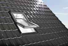 Okna dachowe - Roto Okno zdalnie sterowane Designo R6 RotoTronic